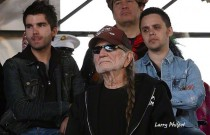 Willie Nelson and The Elms